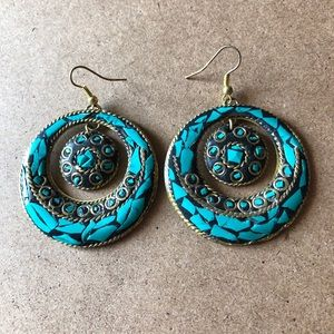 Jewelry - ✨FREE WITH PURCHASE✨ Turquoise and Gold Earrings